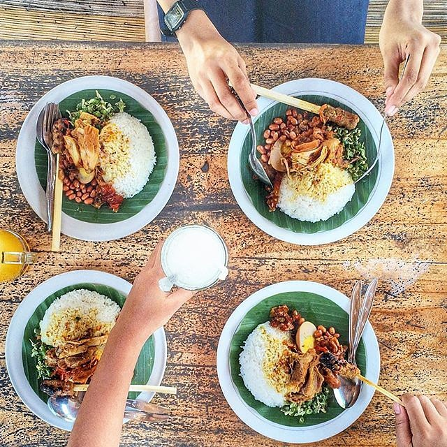 Intip Yuk Blog Kami Untuk 5 Makanan Halal Khas Bali Yang W Flickr
