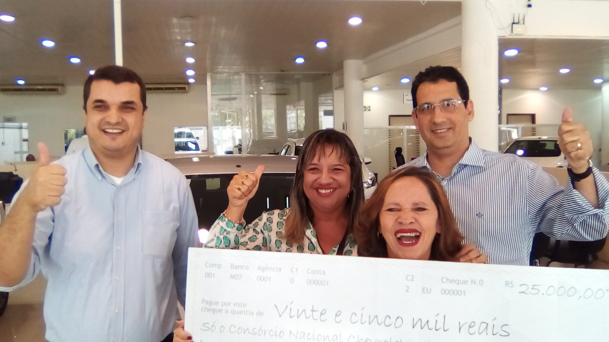 Consórcio Nacional Chevrolet premia cliente em Teresina com R$ 25.000,00