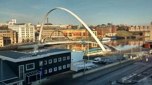Gateshead Millennium Bridge Dec 16 (4)