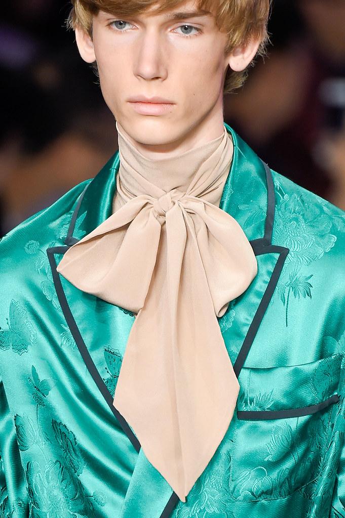 SS16 Milan Gucci303_Truls Martinsson(fashionising.com)