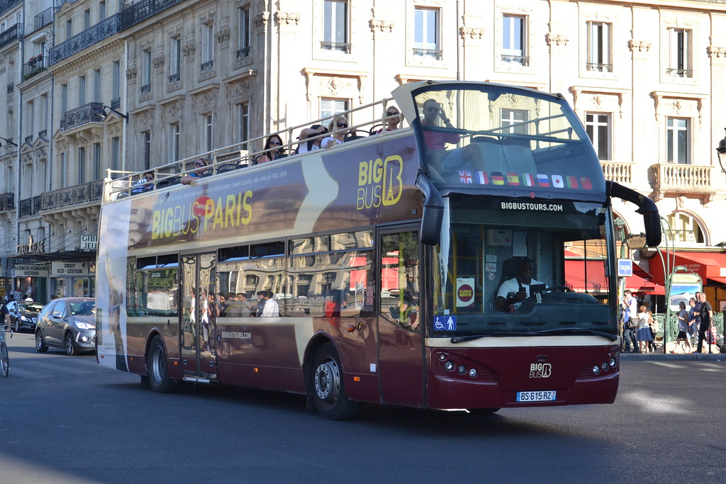 big bus tours paris 380 bs 615 rz seen at st michel notre flickr. Black Bedroom Furniture Sets. Home Design Ideas