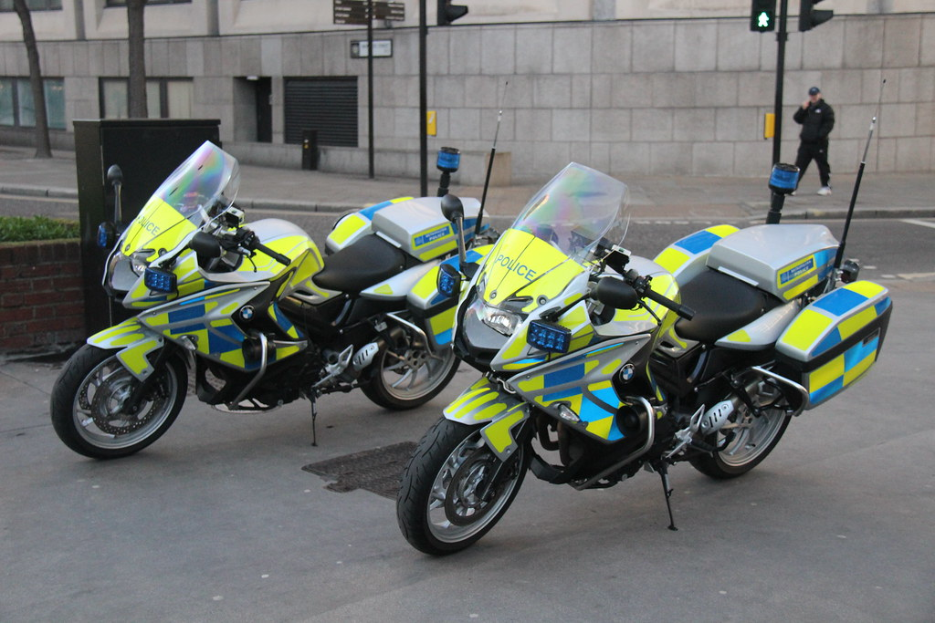 metropolitan police bmw f800 gt newer traffic bikes. Black Bedroom Furniture Sets. Home Design Ideas