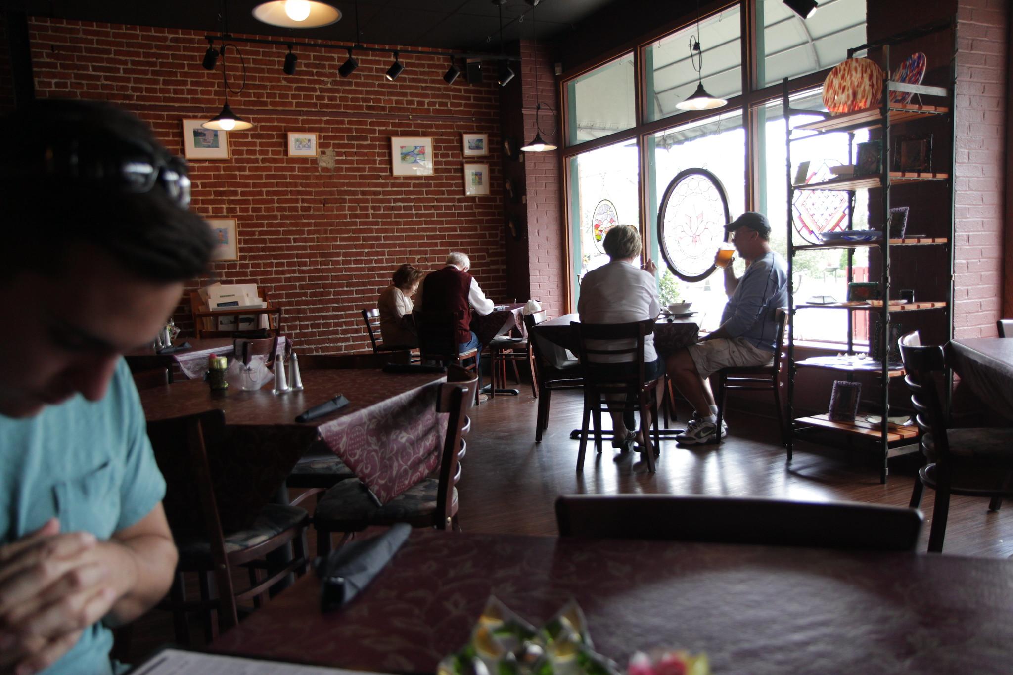 Tari's Cafe