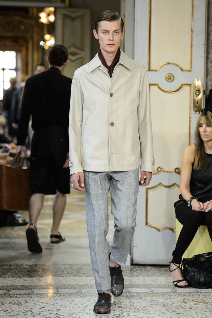 SS16 Milan Corneliani029_Janis Ancens(fashionising.com)