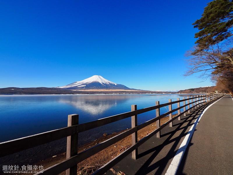 山中湖 逆富士