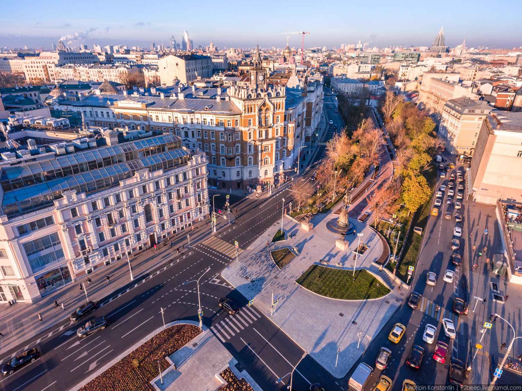 Фотограф полгода снимал Москву с коптера...
