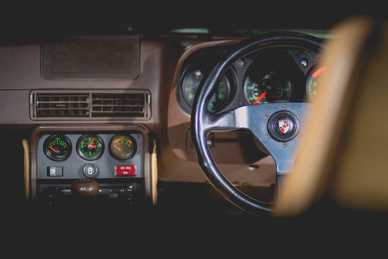 The Porsche 924 Owners Club • View topic - Brown interior... A nice ...