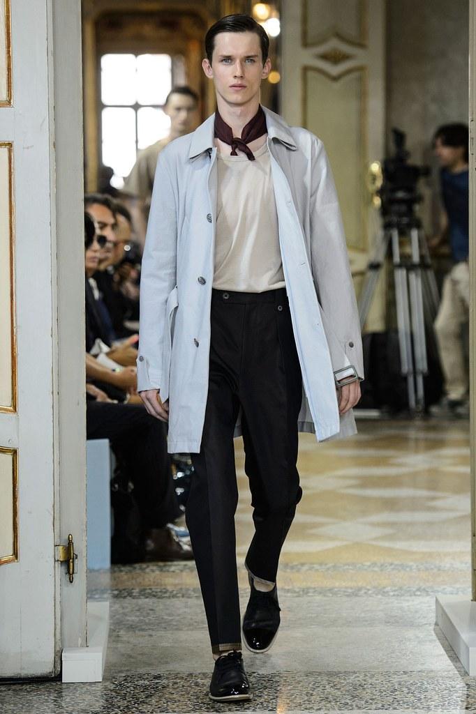 SS16 Milan Corneliani018_Yulian Antukh(fashionising.com)