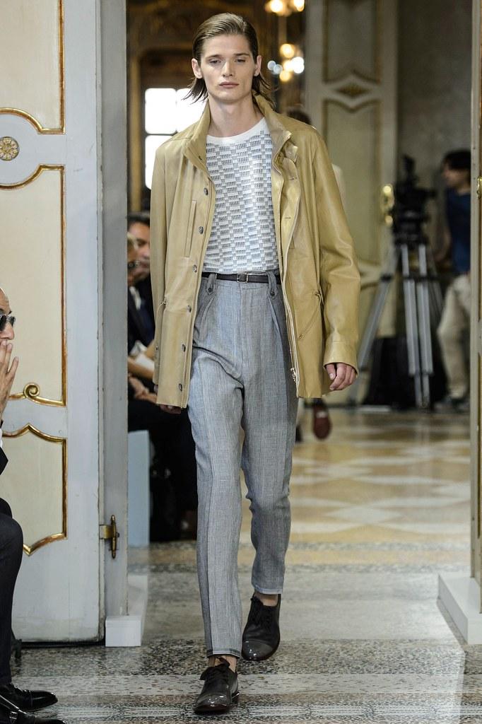 SS16 Milan Corneliani026_Haavard Kleppe(fashionising.com)
