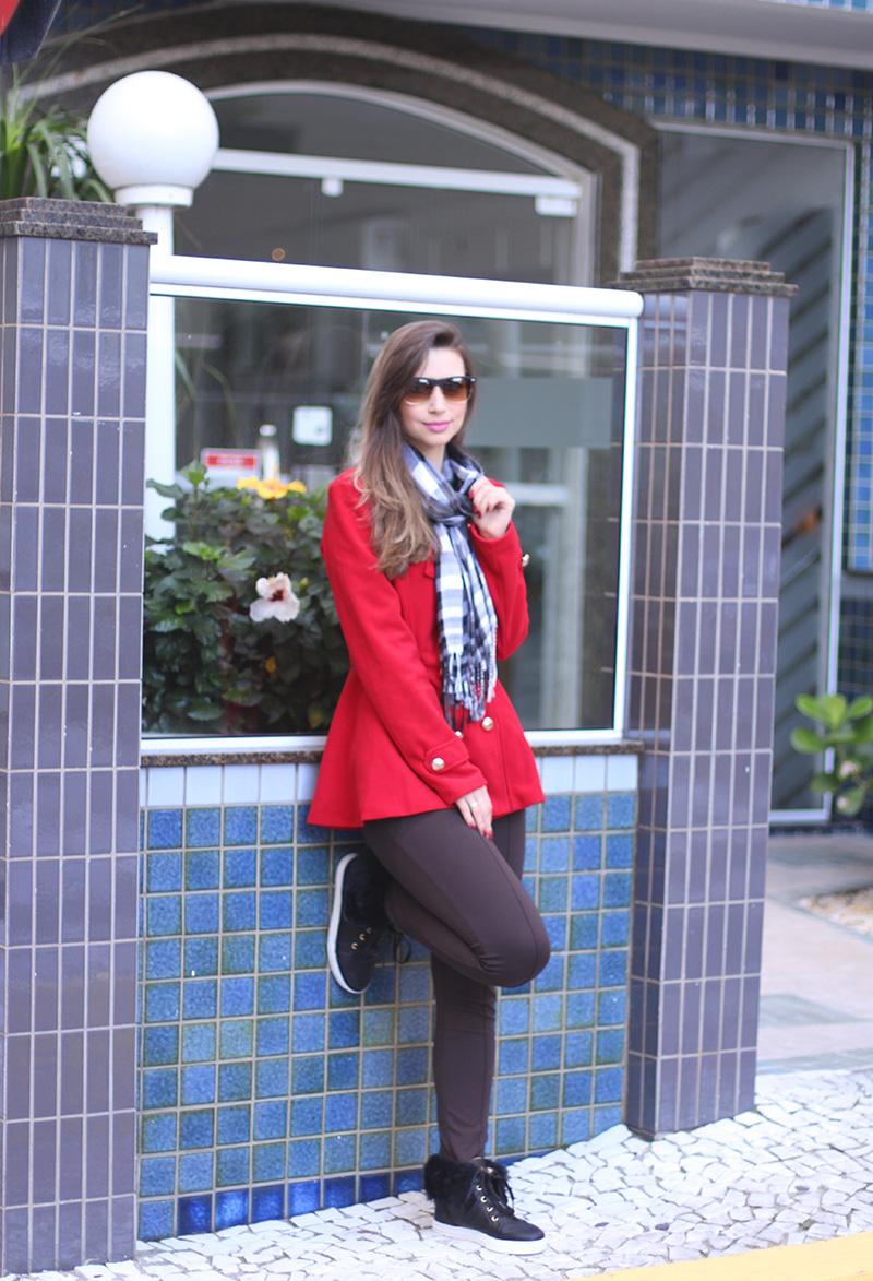 2-look do dia para o frio com casaco vermelho