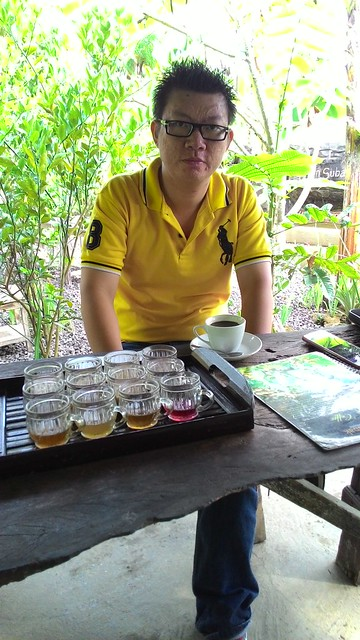 Saya sedang menikmati Kopi Luwak Bali