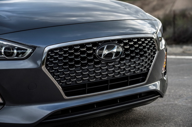 2018-Hyundai-GT-1