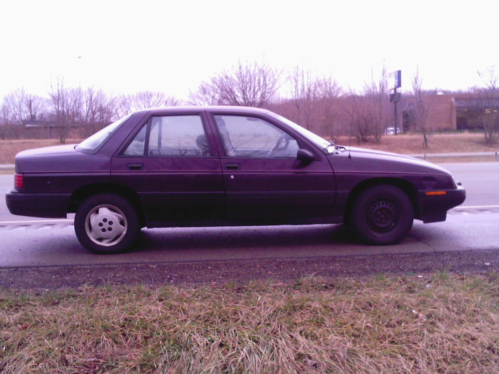All Chevy chevy corsica : 1994 Chevy Corsica - Dead On Highway | ... with a DNR (Do No… | Flickr