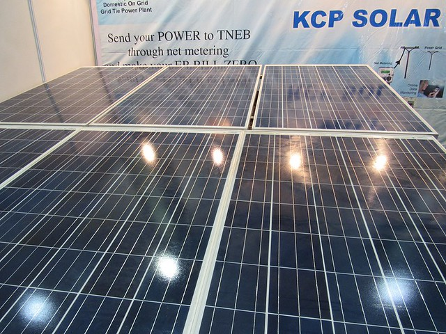 Solar-South-Chennai-Expo-Solar-Panels-2-r