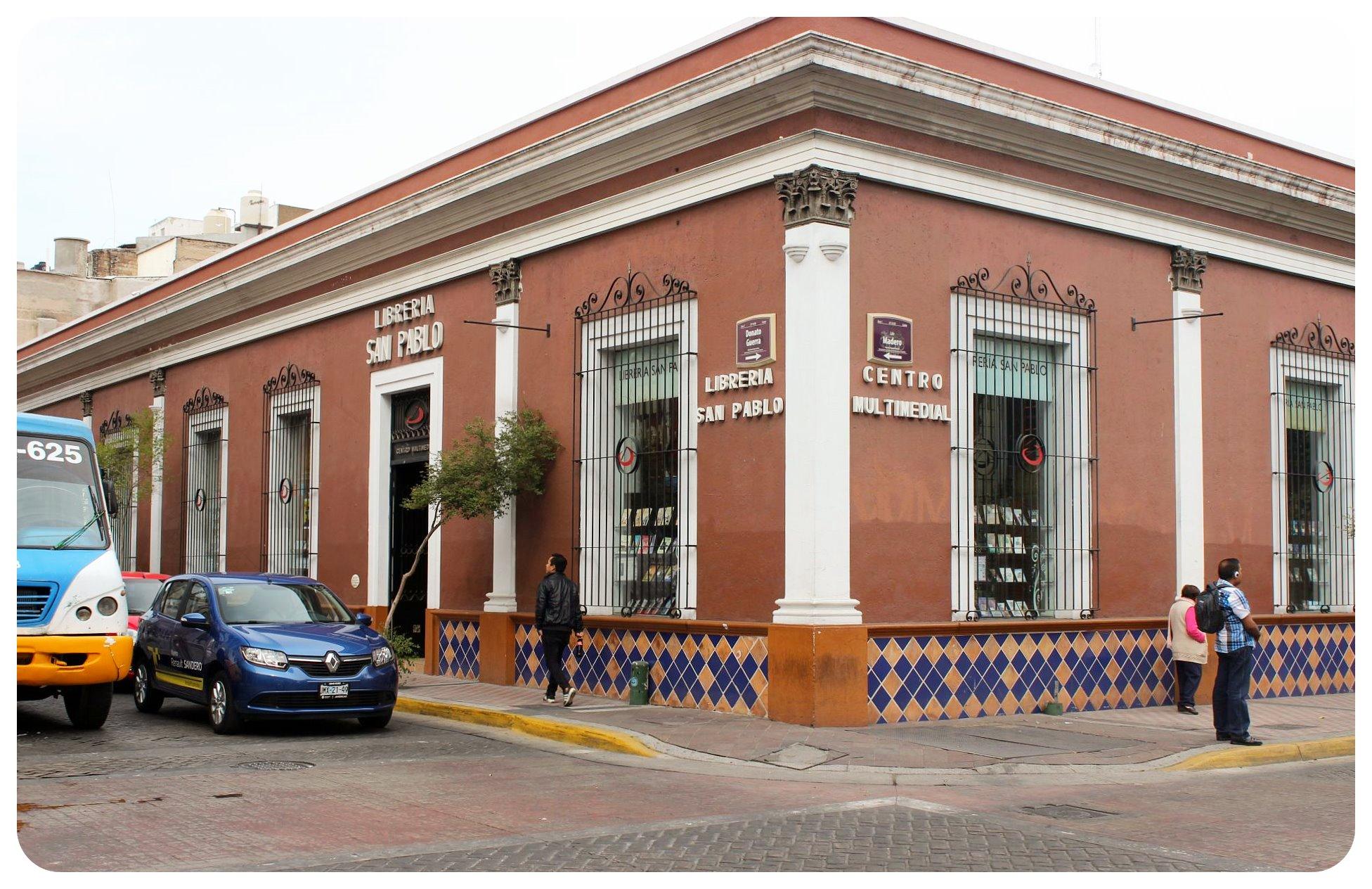 guadalajara colonial building