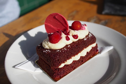 Flat White Coffee and Brunch in Melbourne: Axil Coffee Roasters (322 Burwood Road, Hawthorn) - Queen's birthday cake