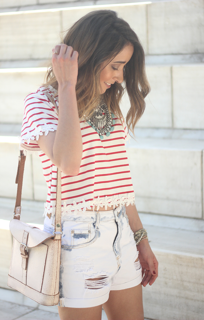 Striped T-Shirt With Denim Shorts02