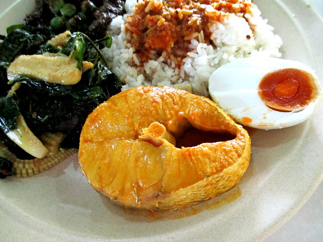 Ameer MZ Cafe fish & salted egg