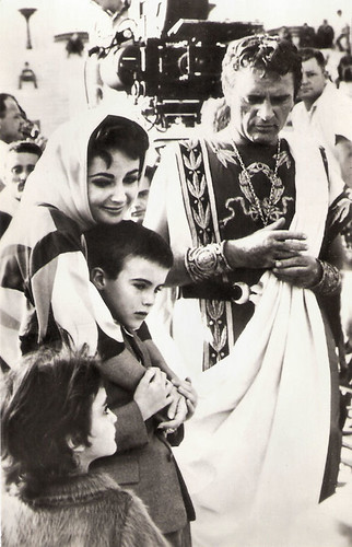 Richard Burton and Elizabeth Taylor at the set of Cleopatra (1962)