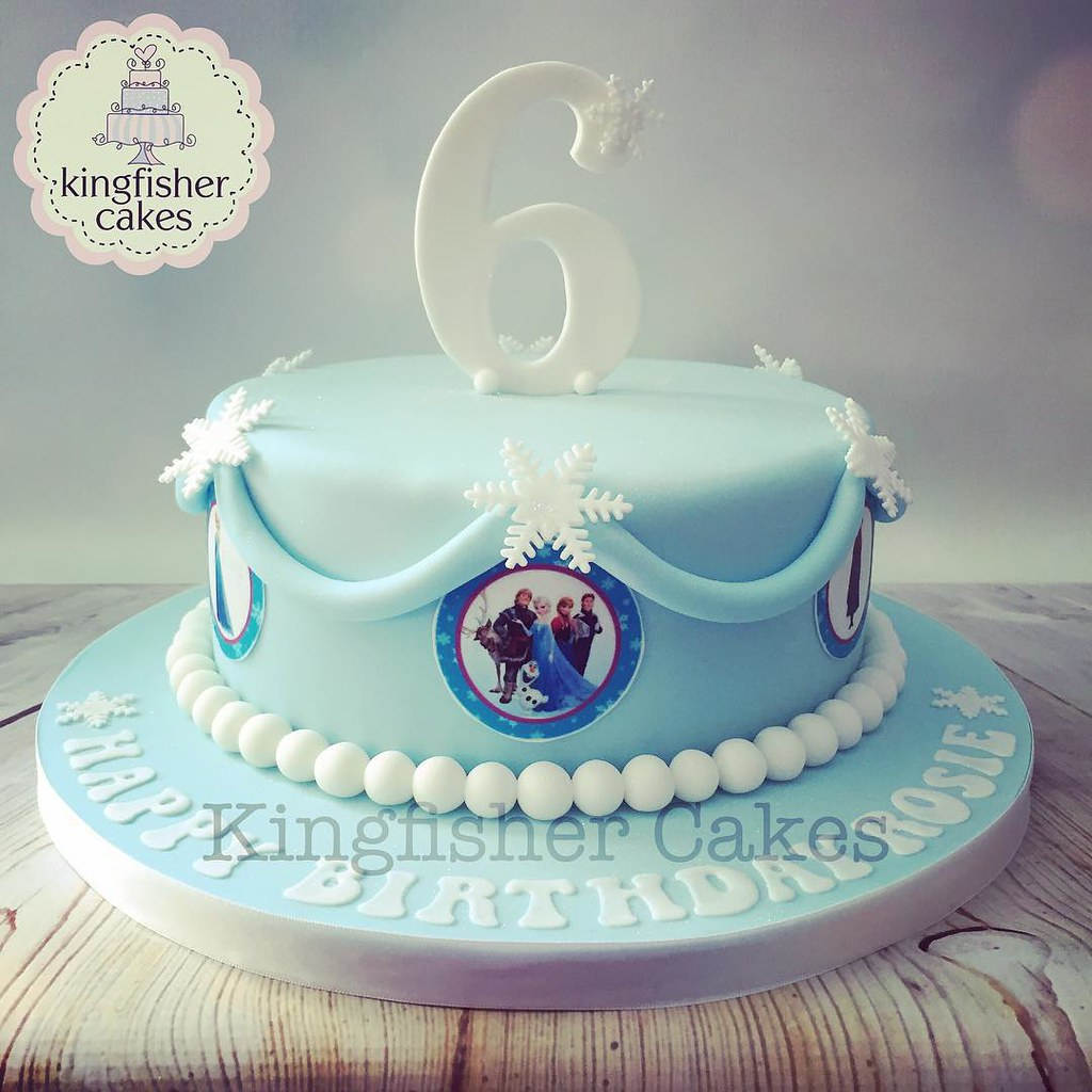 Yesterdays second cake a little Frozen themed cake girl Flickr
