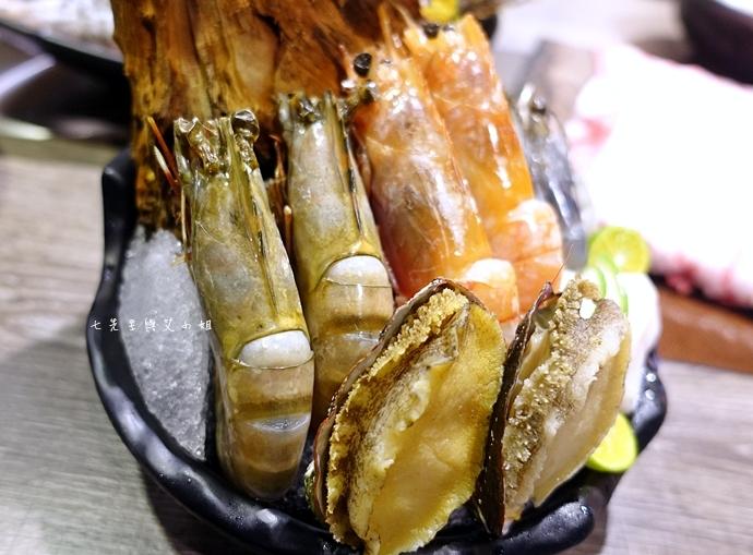 49 慕食極品和牛活海鮮平價鍋物