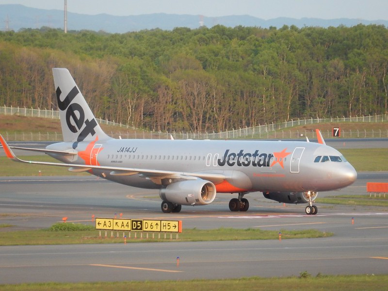 ジェットスタージャパン A320-200 JA14JJ / CTS