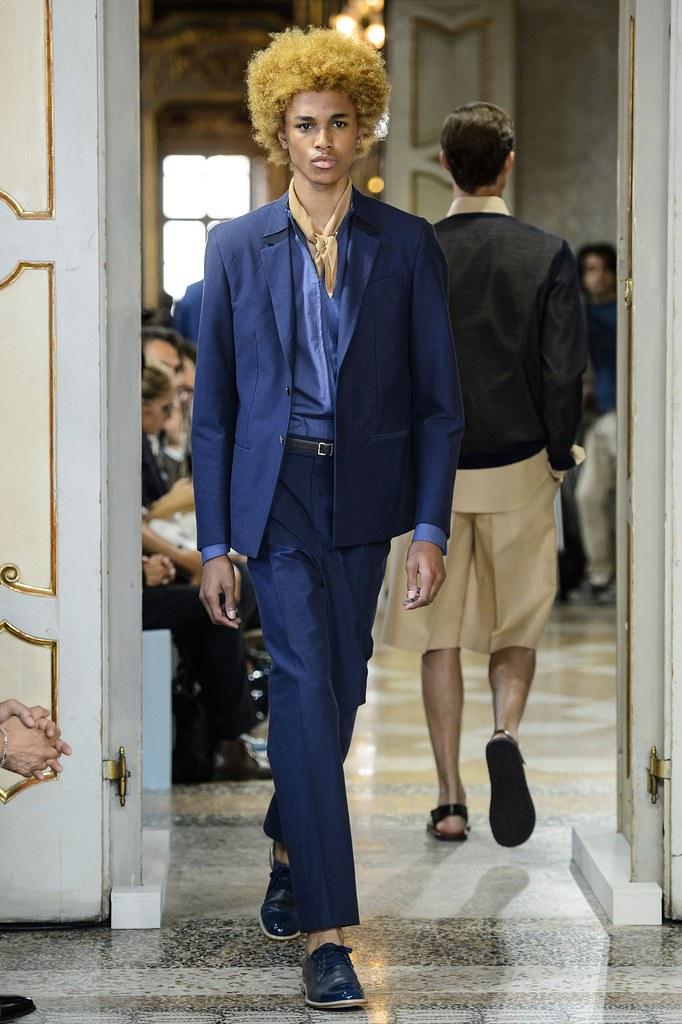 SS16 Milan Corneliani002_Michael Lockley(fashionising.com)