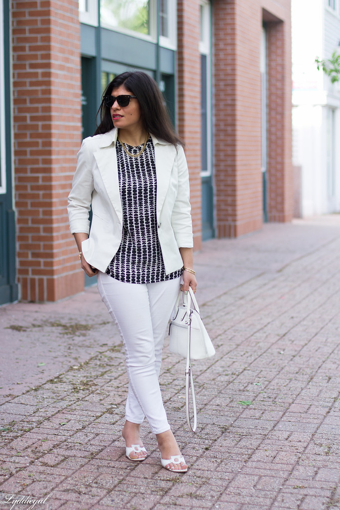 white jeans, white blazer, black and white blouse-2.jpg