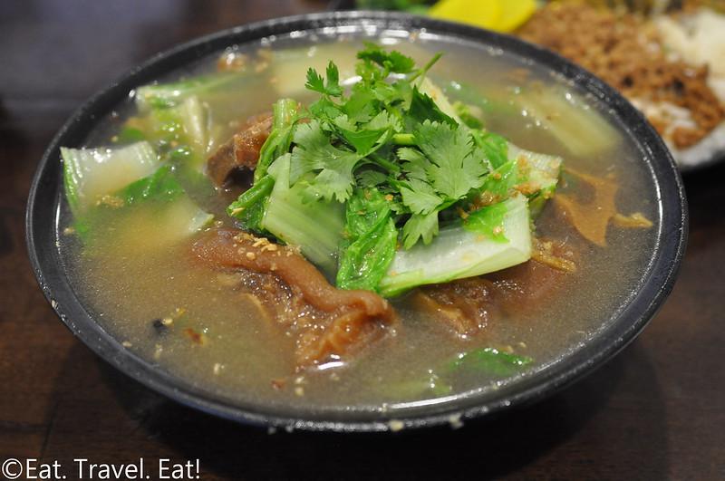 Yi Mei- Monrovia, CA: Pig Trotter Noodle Soup