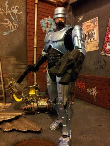 Custom made dioramas by Louise Townend - Robocop