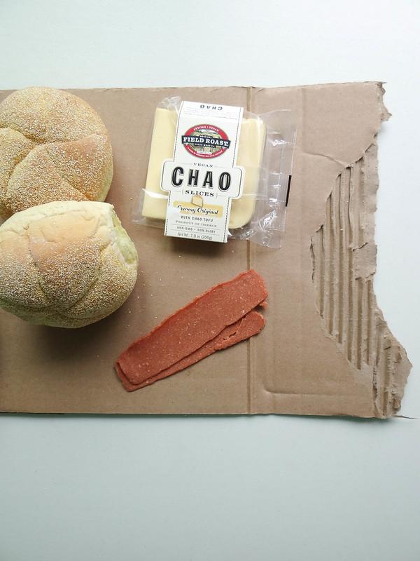 Chao Cheeseburger // Bacon + Slaw