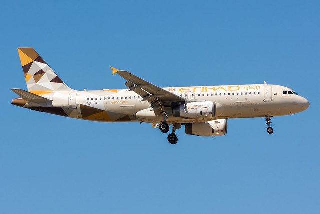A6-EIK - Etihad Airways - Airbus A320-232