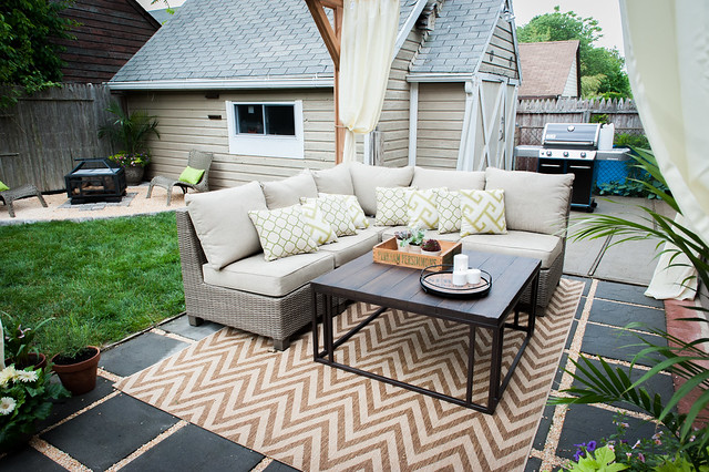 Outdoor Sofa and Coffee table on a tan chevron rug for the outdoor living room