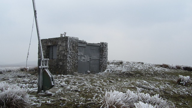 Hangingstone Hill military shelter