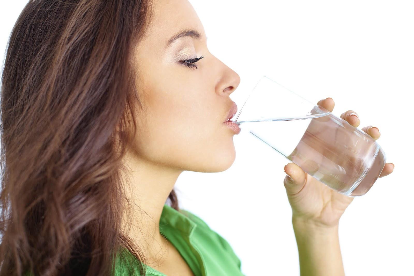 شرب الماء يوميا