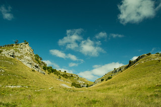 20150906-15_Limestone Cliffs Above Lathkill Dale