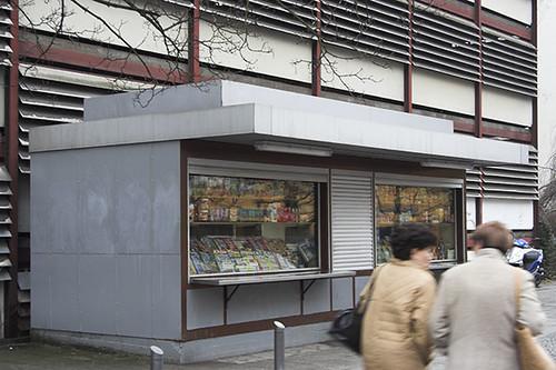 Kiosk und parkhaus newsstand and parking garage berlin for Garage ad barlin