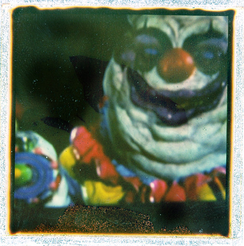 Killer klown from outer space 2 sx 70 still from killer for Killer klowns 2