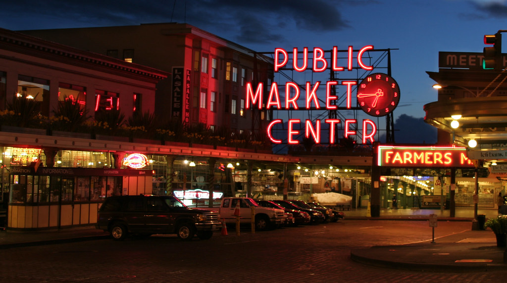 Pike place market pike place market at dusk in seattle for Seattle fishing jobs