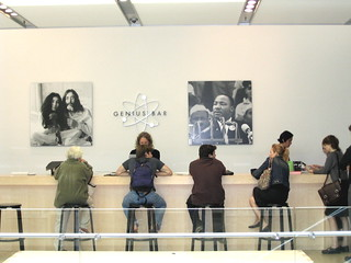 The Genius Bar, Soho Apple Store | by DaveMN