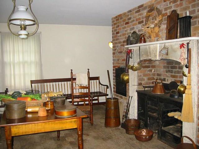 Plantation Kitchen House warming kitchen, antebellum plantation house, georgia | flickr