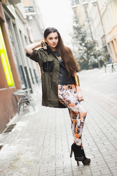 Mirella Szymoniak 12