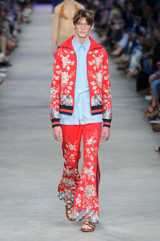 SS16 Milan Gucci004_Charlie Smith(fashionising.com)