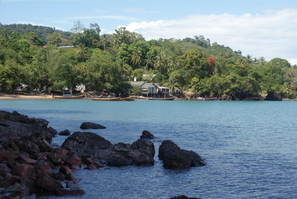 Au sud et à l'est de l'île de Koh Lanta.