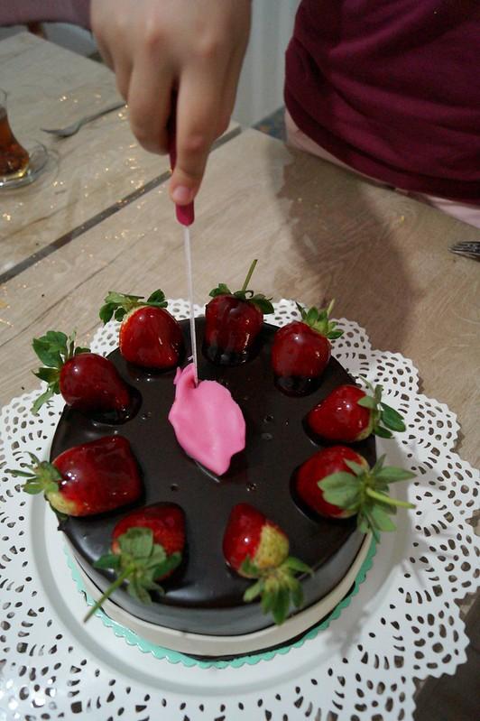 yaş günü pastası