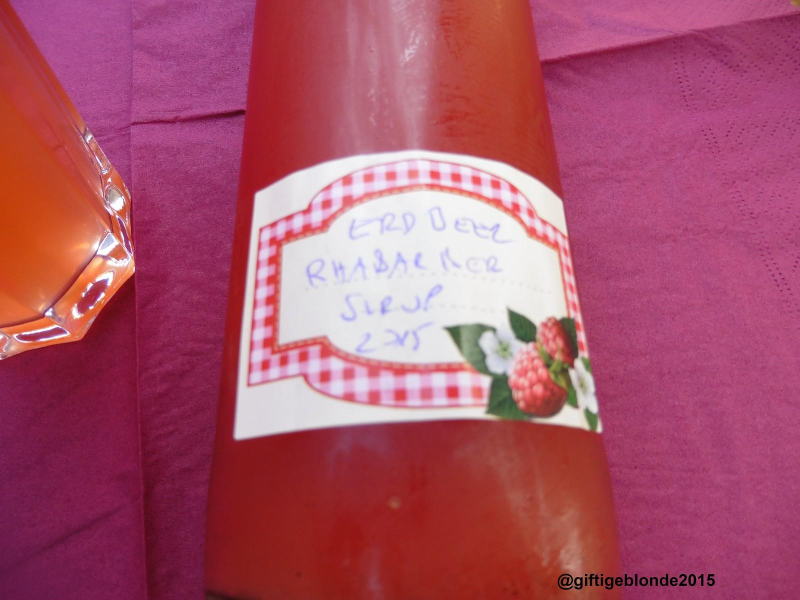 Erdbeer-Rhabarbersirup
