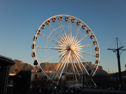 Ferris Wheel and Table Mountain, V&A Waterfront