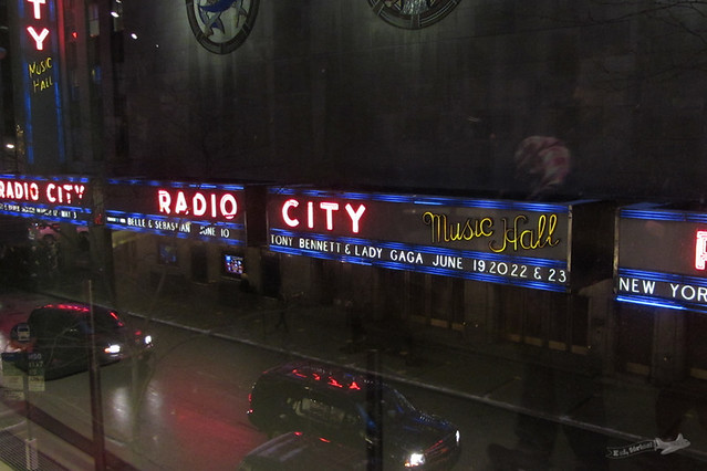 Fachada do Radio City Music Hall de dentro do 30 Rock