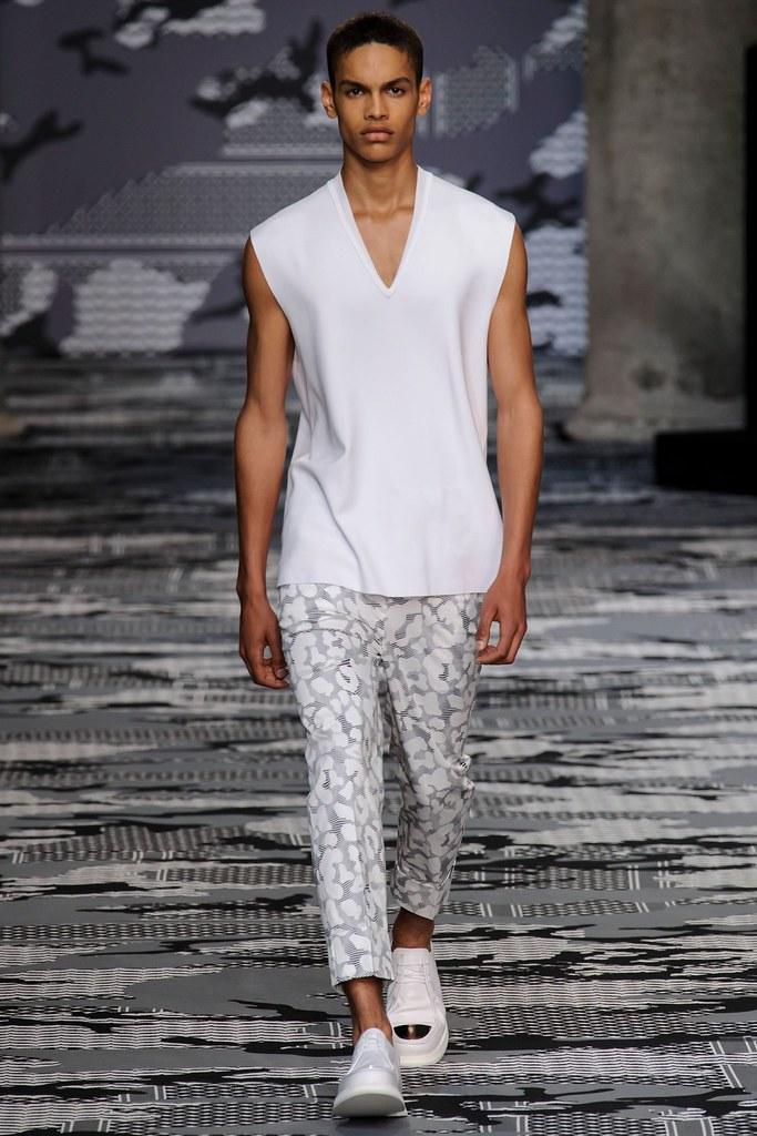 SS16 Milan Neil Barrett014_Noa Thomas(fashionising.com)