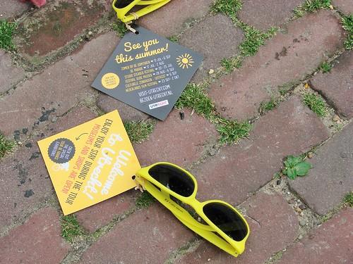 Yellow Tour de France Grand Depart sunglasses along the Oudegracht